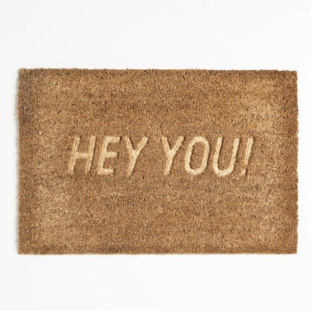 Alfombra-de-Ambiente-Chica-Hey-You