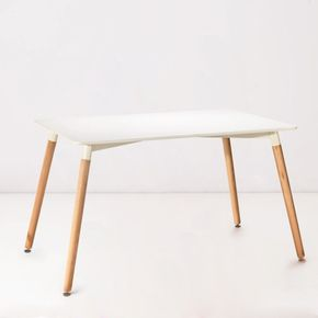 Mesa-Rectangular-Eames